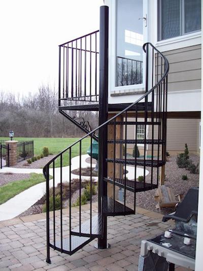 Cầu thang sắt hình xoắn đẹp